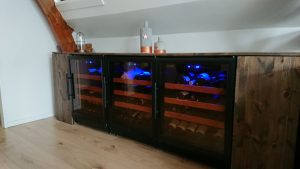 wijnklimaatkast wijnkoelkast in vergaderruimte